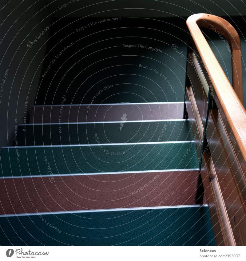 Farbmuster Wand Mauer Holz Linie Treppe Bodenbelag Ende Treppengeländer Teppich