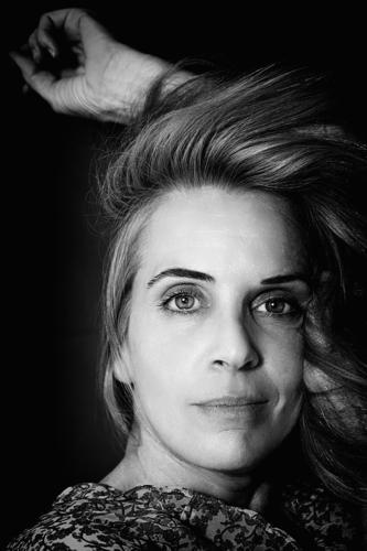Schönheit reife Frau III, spanien Porträt schön attraktiv Stil Einstellung Verlockung blond eine Person Reife Frau Menschen romantisch romantische Haltung Hand