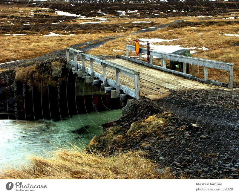 Brücke Natur alt Holz Wege & Pfade Eis Schilder & Markierungen Fluss Island Kies Verkehrszeichen