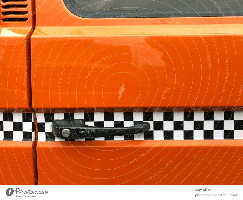 Rallystreifen auf einem Bus Tuning automobil Autofahren PKW lkw Dekoration & Verzierung Straßenverkehr verschönern orange 70er Jahre 80er jahre retro style
