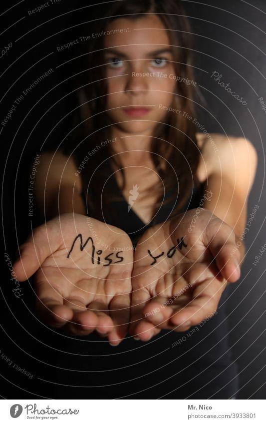 gezeichnet & gemalt   miss you Hände vermissen Traurigkeit traurig Angst Trennung allein Herzschmerz Enttäuschung Verzweiflung Schmerz Sorge Einsamkeit Trauer