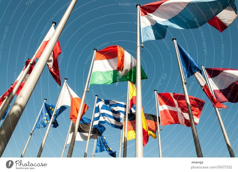 EU Flagge Flaggen Flaggenmast Europa international Politik & Staat Nationalflagge wehen Zusammenhalt Gemeinschaft Deutschland Italien Dänemark Frankreich Polen