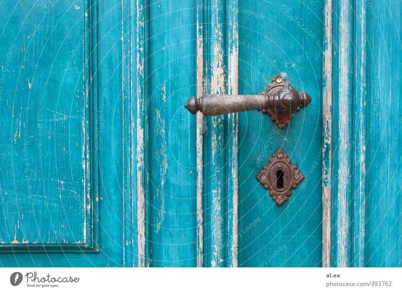 Knalliges Türkis blau alt weiß Holz Zeit Metall braun Häusliches Leben Vergänglichkeit einzigartig Schutz Romantik türkis Zerstörung Inspiration