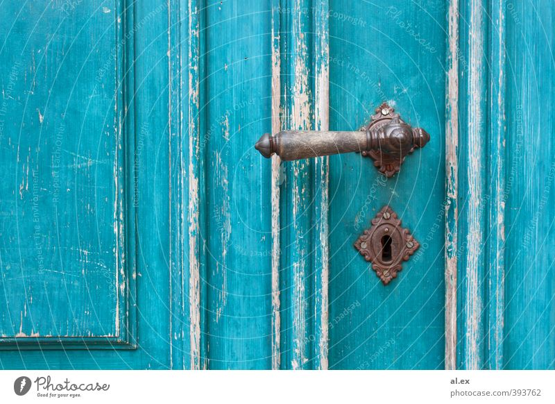 Knalliges Türkis Holz Metall Häusliches Leben alt blau braun türkis weiß Schutz Romantik einzigartig Inspiration Vergänglichkeit Zeit Zerstörung Abnutzung
