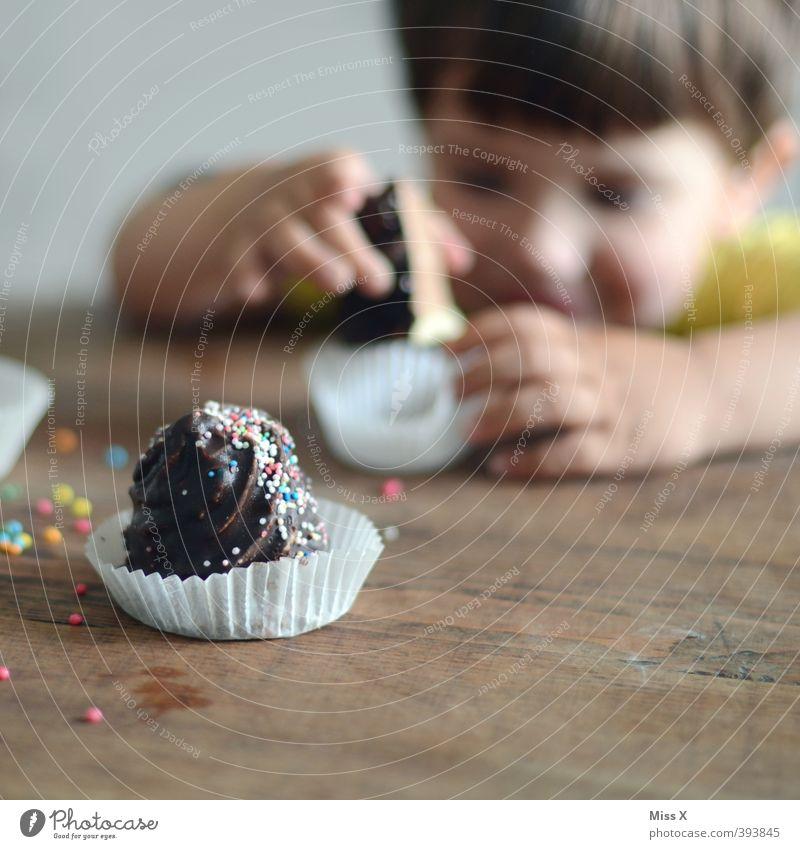 nasch mich Lebensmittel Teigwaren Backwaren Kuchen Dessert Süßwaren Schokolade Ernährung Kaffeetrinken Feste & Feiern Geburtstag Mensch Kind Kleinkind 1
