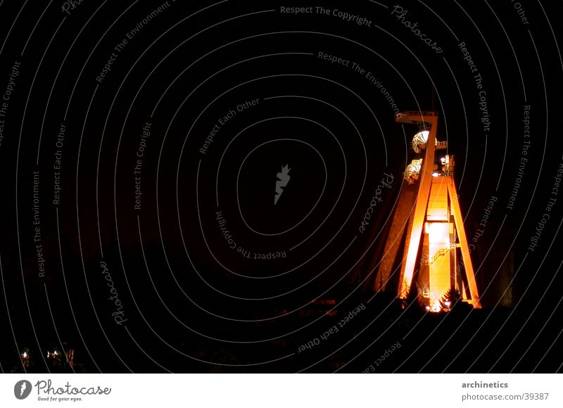 Zechenturm bei Nacht alt Industrie Turm Nachtaufnahme