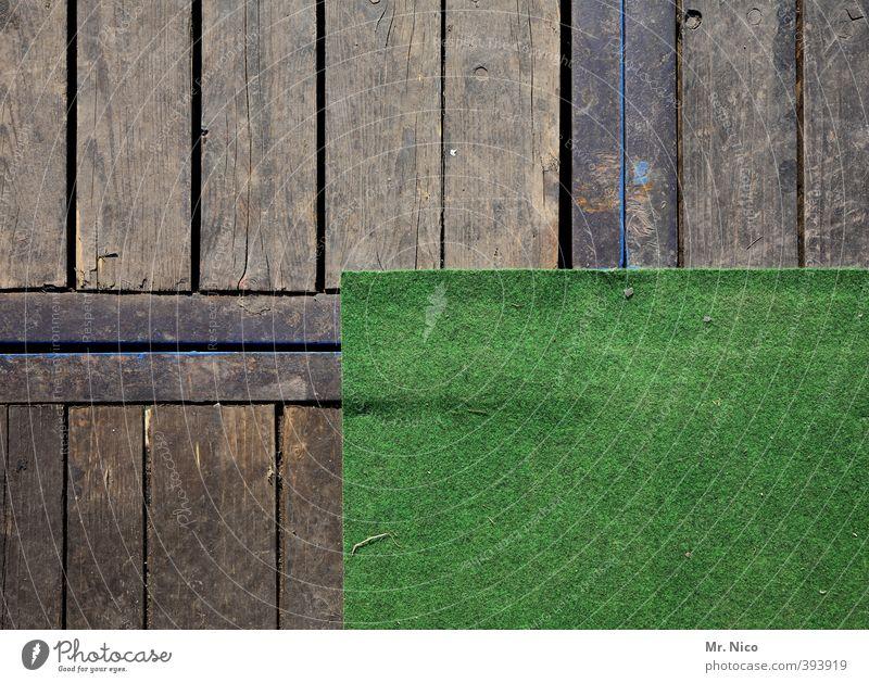 doppelter boden Lifestyle Häusliches Leben Renovieren Raum Holz grün Teppich Kunstrasen Holzfußboden Ecke Fußmatte Quadrat Rechteck Bierzelt abstrakt Muster