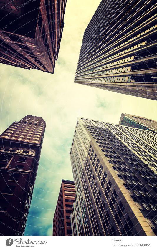 Größenwahn Himmel Schönes Wetter San Francisco Stars and Stripes Amerika Stadt Hochhaus Architektur Fassade Fenster bedrohlich hoch Erfolg Kraft Glasfassade