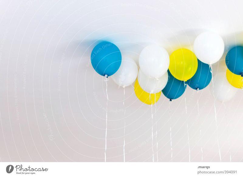 Partey Lifestyle Design Party Veranstaltung Feste & Feiern Hochzeit Geburtstag Luftballon Zeichen fliegen ästhetisch schön blau gelb weiß Freude Fröhlichkeit