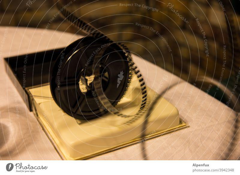 Film ab Filmrollen Filmindustrie Super 8 Videokamera Filmmaterial Kino Farbfoto Medien filmen Filmstreifen Filmkamera Freizeit & Hobby Innenaufnahme 8mm