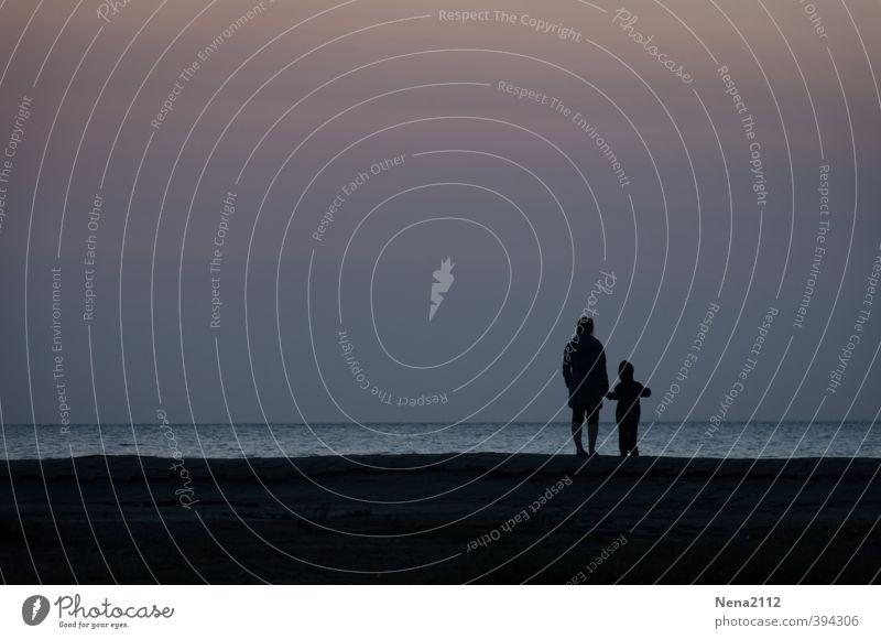 Sunday stroll Mensch Frau Kind Ferien & Urlaub & Reisen Jugendliche Meer Erholung Strand 18-30 Jahre Erwachsene Liebe sprechen Horizont Familie & Verwandtschaft