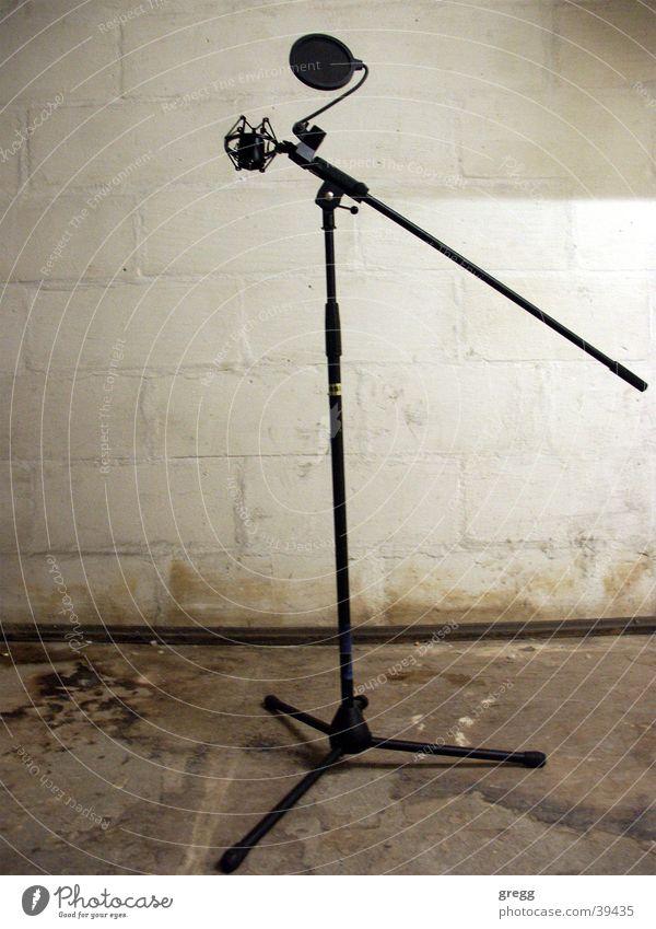 freedom of speech obskur Mikrofon London Underground Gesetze und Verordnungen Untergrund Redefreiheit
