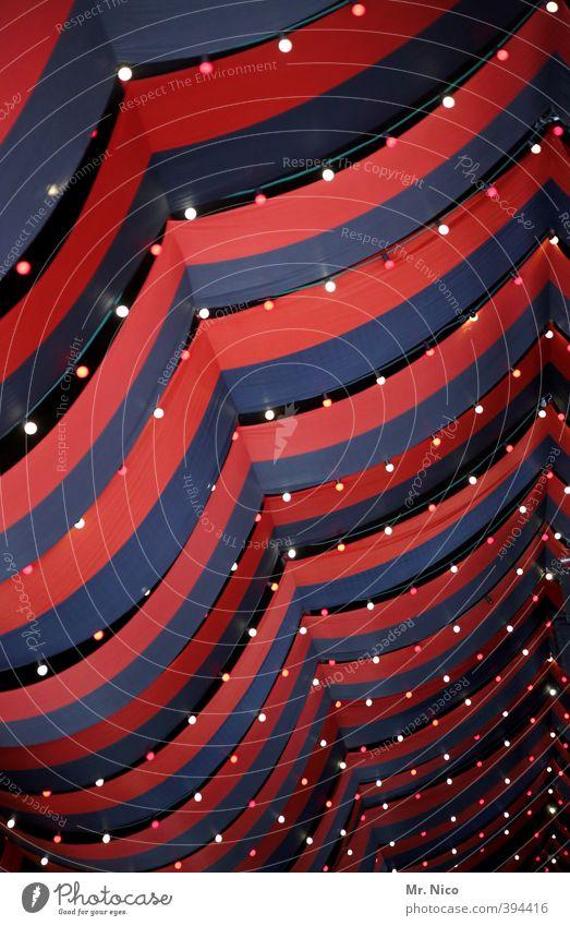 b-leuchtet rot Lampe Stimmung Freizeit & Hobby leuchten Dekoration & Verzierung Elektrizität Streifen Veranstaltung Jahrmarkt Glühbirne Decke Sternenhimmel