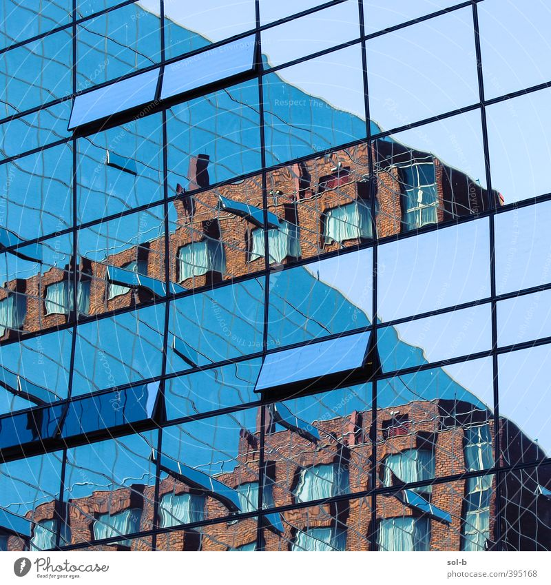 NCH | von zu Hause aus arbeiten Häusliches Leben Wohnung Arbeit & Erwerbstätigkeit Büroarbeit Arbeitsplatz Architektur Fenster Glas modern blau orange Neugier