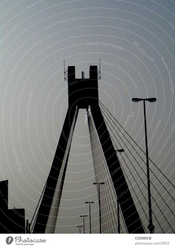 die Brücke Abenddämmerung Stil Stahl Laterne Dinge