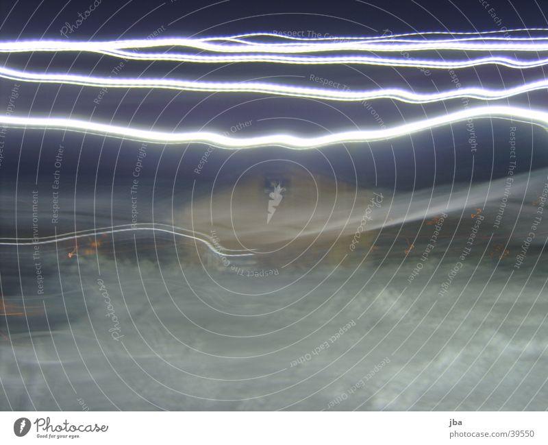 Stripes_3 Licht Scheune Geschwindigkeit Bewegung Langzeitbelichtung Schnee Unschärfe