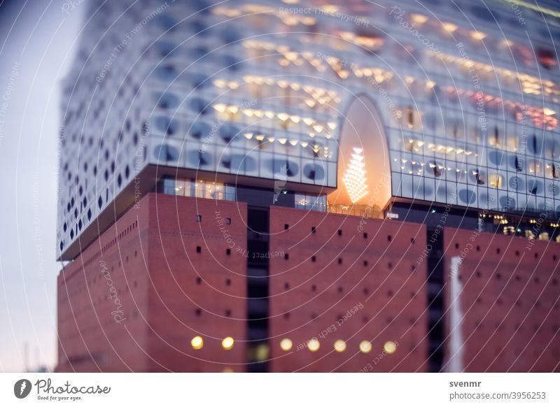 Elbphilharmonie Hamburg Tilt-Shift verschwommen Bokeh Architektur Miniatur Tourismus Ferien & Urlaub & Reisen Speicherstadt Lichter Großstadt Städtereise