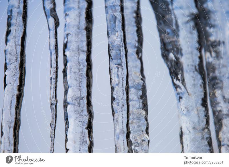 Eiszapfen (1) Winter kalt Frost Kälte blau weiß Himmel