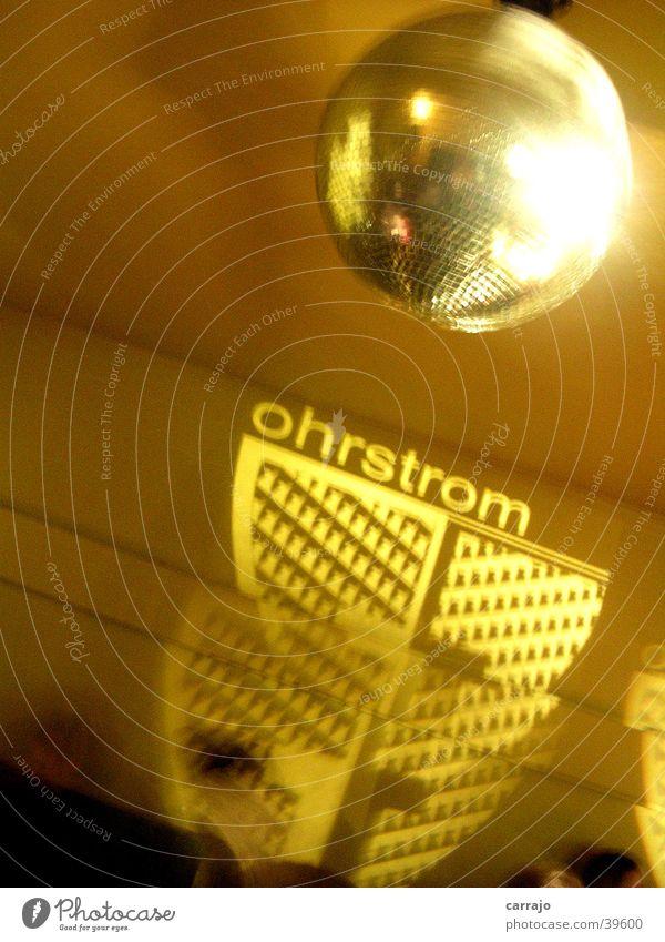 discoteca Freizeit & Hobby Netter Club lustige Leute viel Musik interssanter DJ.