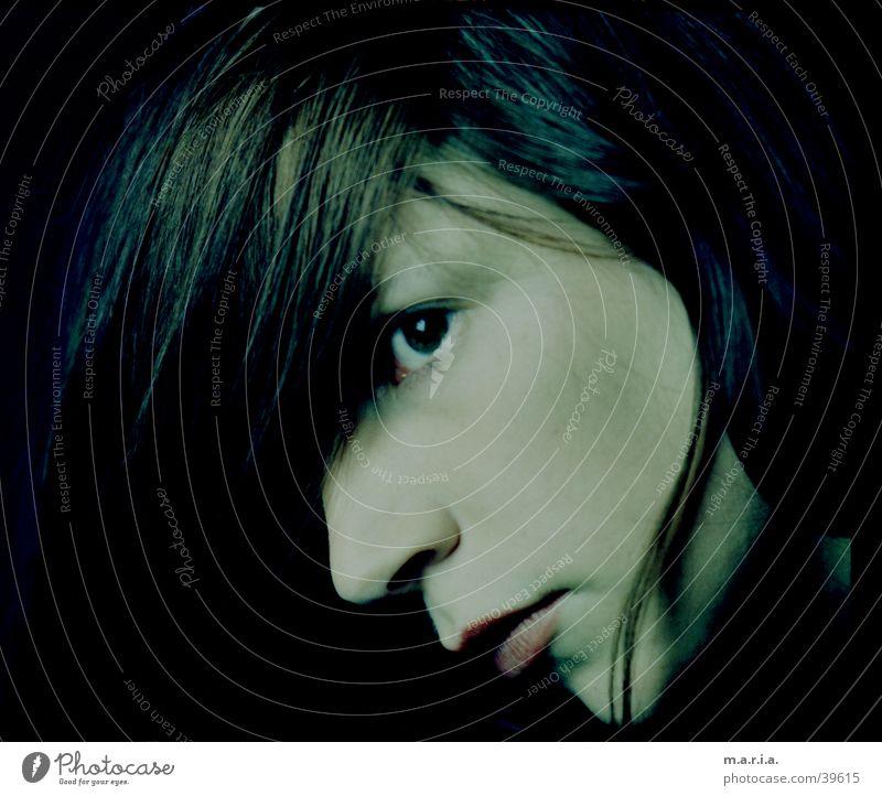 Sarah Frau Kind schön grün blau Gesicht Auge feminin Haare & Frisuren Kopf Mund Nase Seite 20 intensiv