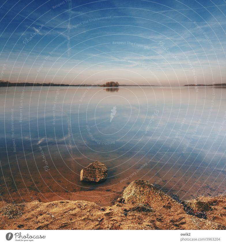 Steine im Wasser Panorama (Aussicht) Totale Textfreiraum oben Tag Textfreiraum Mitte Textfreiraum rechts Textfreiraum links Menschenleer Farbfoto Außenaufnahme