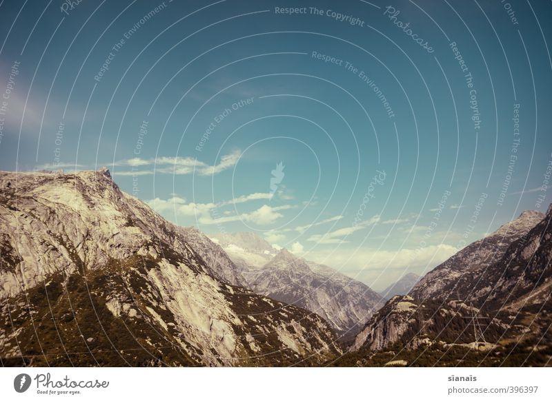 Grimselpass Ferien & Urlaub & Reisen Tourismus Ausflug Ferne Berge u. Gebirge Umwelt Natur Landschaft Urelemente Luft Wasser Wolken Schönes Wetter Felsen Alpen