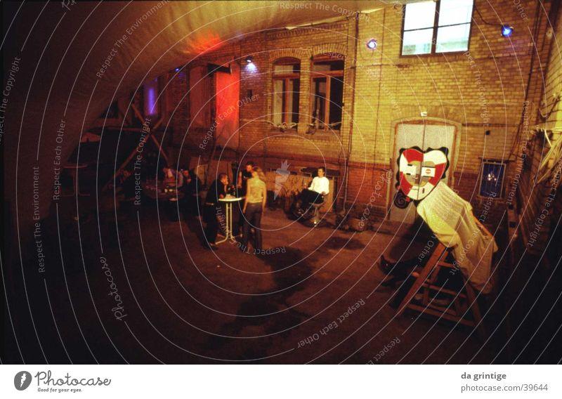 Berlin Underground Nachtleben Architektur Nightclub Innenhof