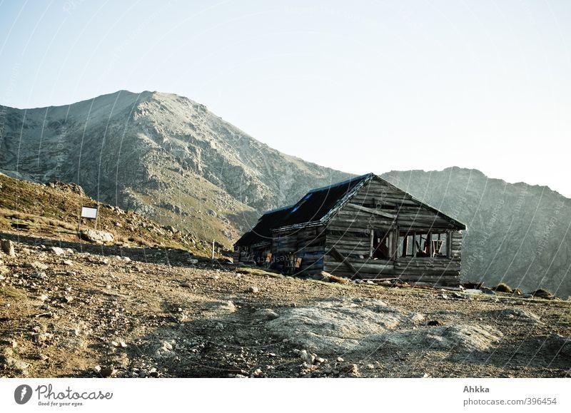 Altes Holzhaus in den Bergen von Korsika Himmel Natur Ferien & Urlaub & Reisen Einsamkeit Landschaft Ferne Berge u. Gebirge Freiheit Stimmung Tourismus Armut