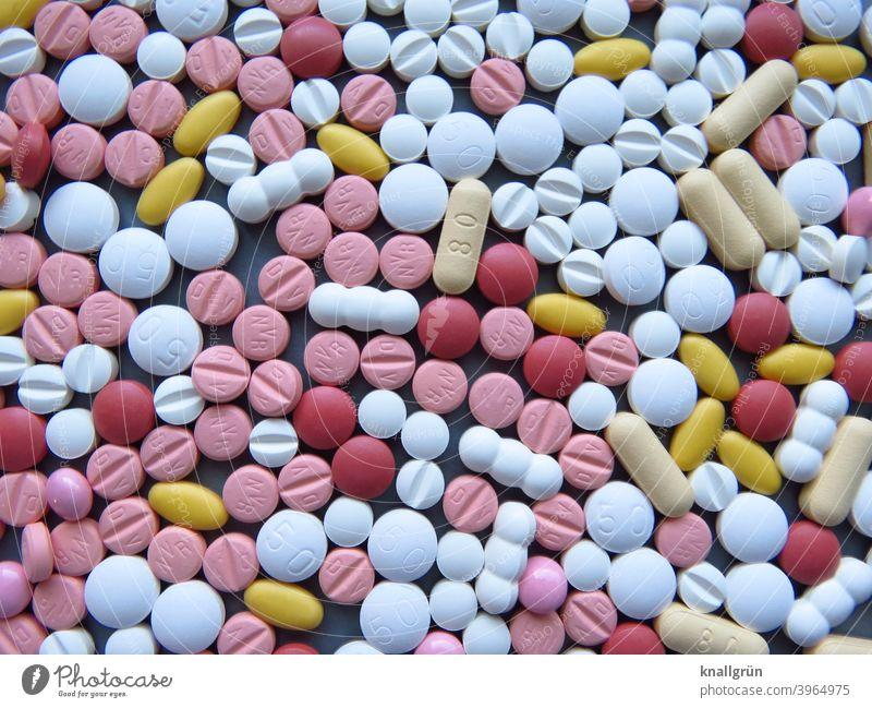 Viele Tabletten Gesundheit Medikament Medizin Gesundheitswesen Krankheit Behandlung Sucht Schmerz Verschreibung Apotheke Schmerztablette Kapsel Nahaufnahme