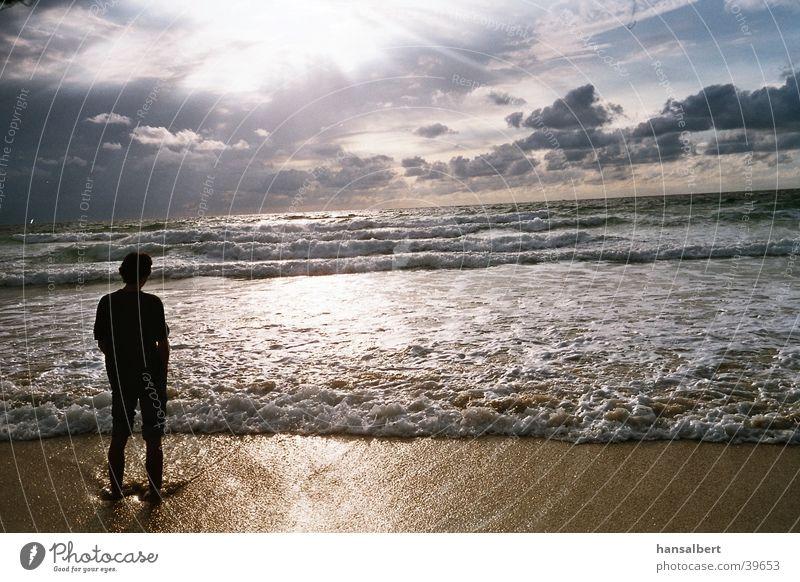 silhouette am meer Sonne Meer Wolken Brandung Lichtspiel Atlantik Farbenspiel