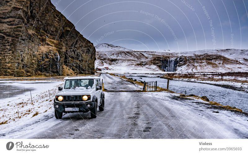 on the way - Iceland Landschaft natürlich Ferien & Urlaub & Reisen Island Berge Berge u. Gebirge Menschenleer blau Frost Schnee Wolken Unendlich Natur Straße