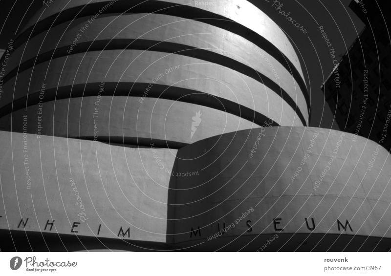 Guggenheim Architektur modern USA Museum New York City Bildausschnitt Anschnitt Bekanntheit Kunstmuseum Moderne Architektur Berühmte Bauten Modern Art Rundbauweise Guggenheim Museum