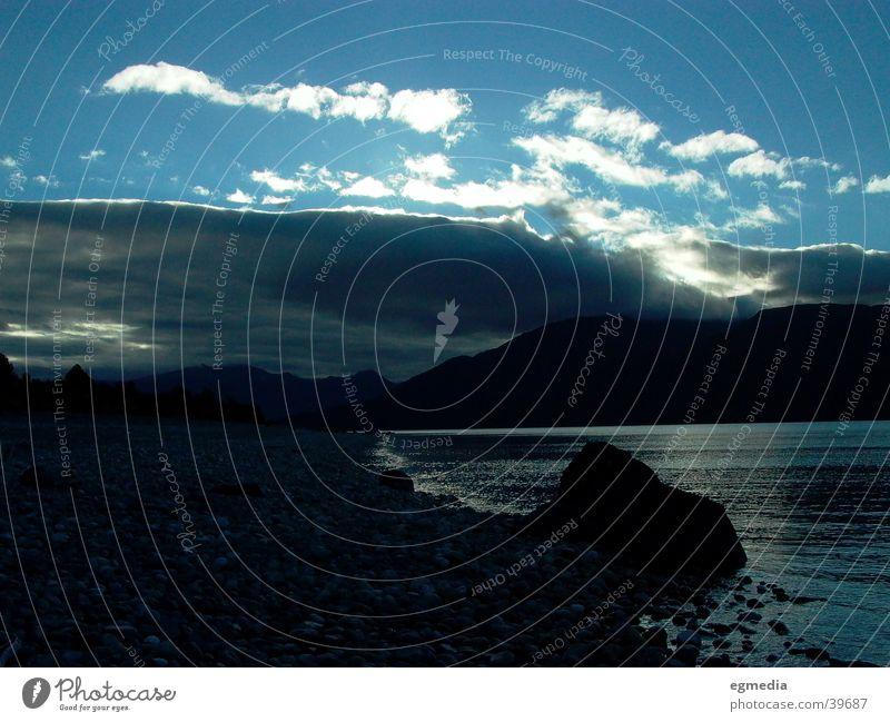 Lake Te Anau Wolken Seeufer Kieselsteine Wasser Abenstimmung Neuseeland Stein