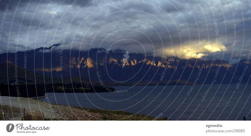 Lake Wakatipu Wolken Berge u. Gebirge See Wetter Felsen Neuseeland Queenstown