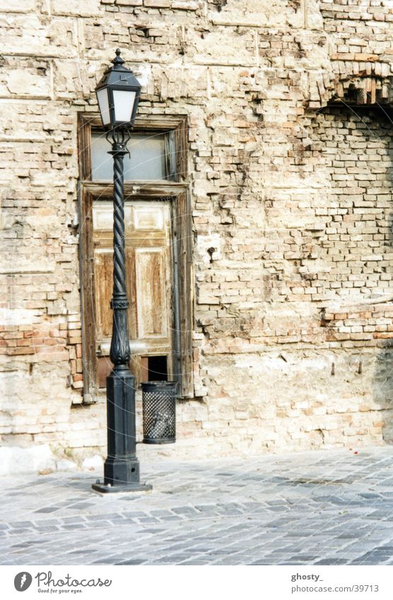 Budapester Laterne alt Architektur verfallen Ruine Altstadt