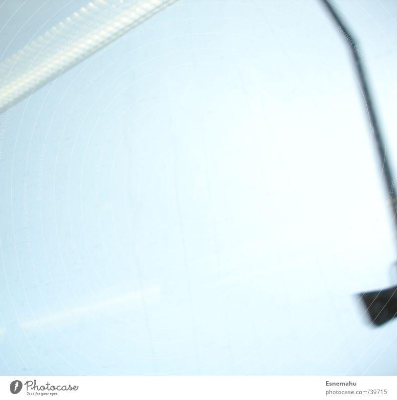 Himmelsfahrt Himmel blau Lampe Streifen Laterne Stab Bahnfahren