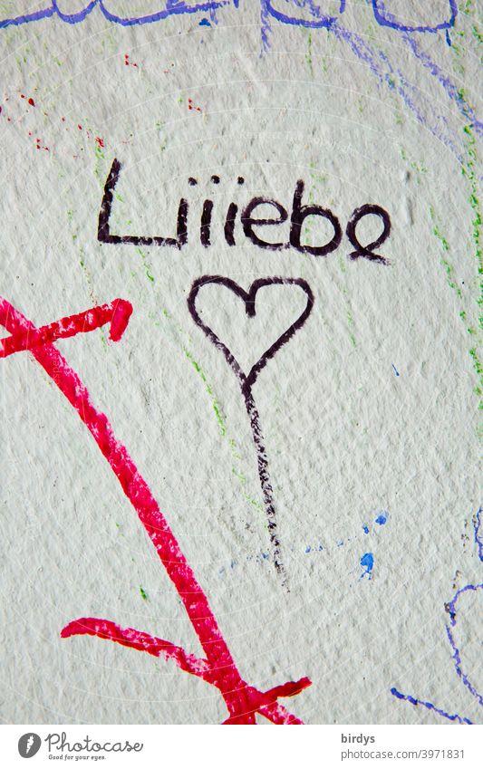 Schriftzug Liebe in langezogen betonter Schreibweise, Liebe mit Herz Liebeserklärung verliebt betonung Liebesbekundung Verliebtheit jugendlich Gefühle