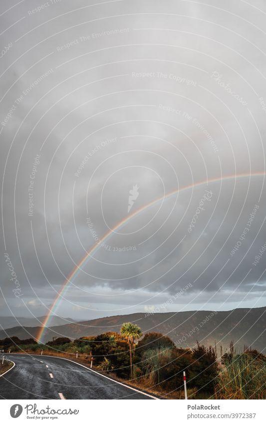 #AS# Wo ist das Einhorn? Regenbogen regenbogenfarben Straße Farbe Licht Spektralfarbe Menschenleer Lichtbrechung mehrfarbig Prisma Wassertropfen