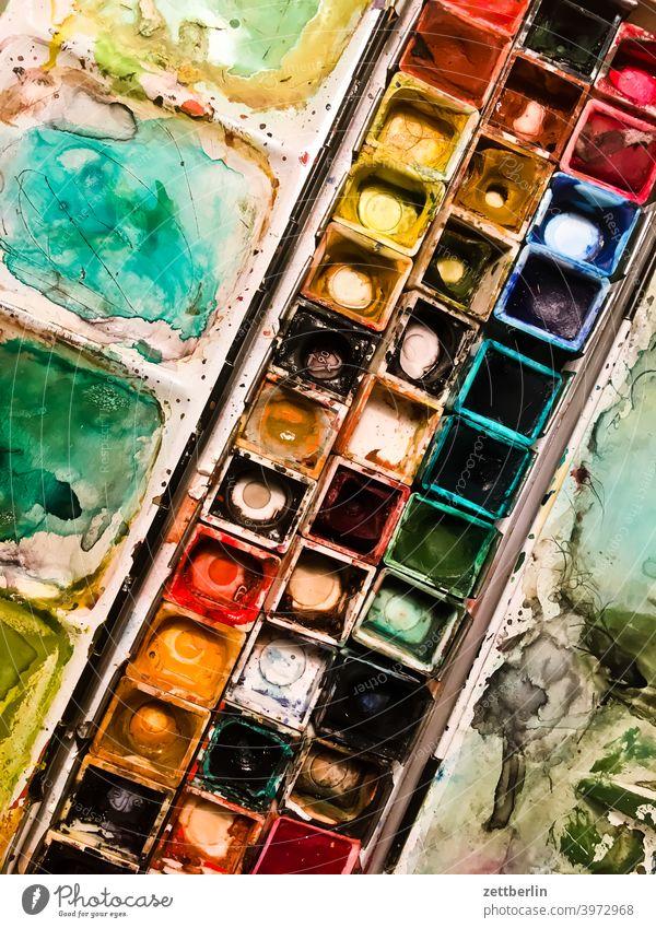 Aquarellkasten aquarellkasten aquarellfarben tusche tuschkasten malerei kunst wasserfarben farbkasten schule atelier design grafik grafiker illustration