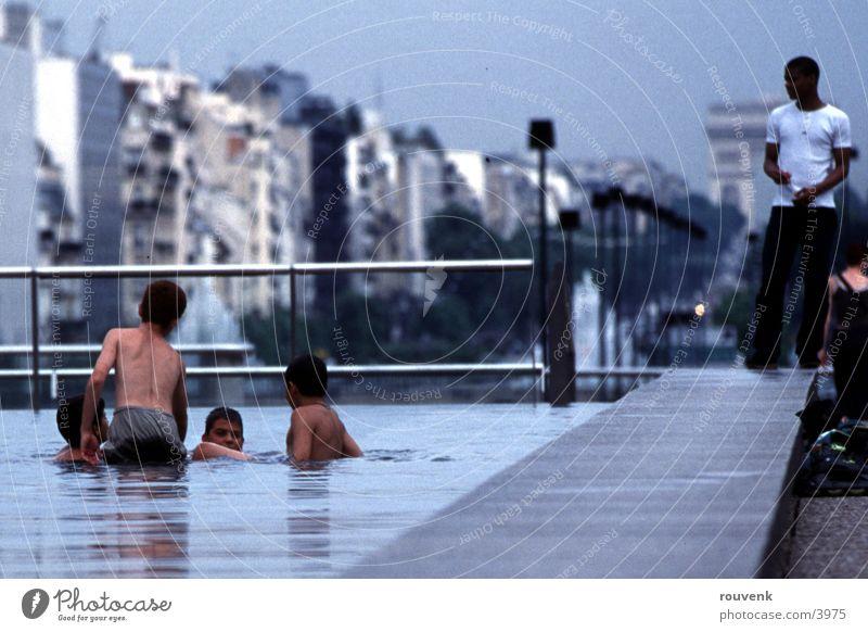 BrunnenKids Mensch Kind Wasser Sommer Spielen Paris Frankreich
