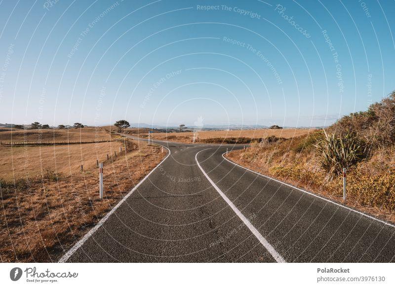 #AS# Discover the street Straße Kreuzung Teer Aphalt Wege & Pfade Verkehrswege Straßenbelag Asphalt Farbfoto Strukturen & Formen Menschenleer Linie Wegkreuzung