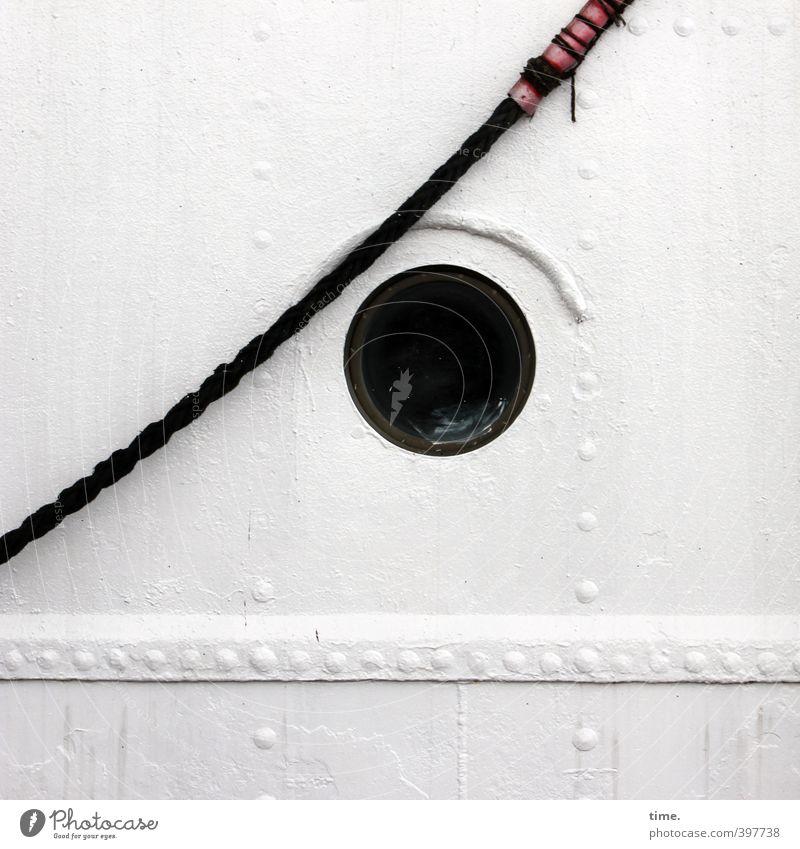 Seemannsblick Schifffahrt Segelschiff Seil Bullauge maritim Bordwand Niete Loch Metall Kunststoff beobachten hell rund Design Erwartung Mittelpunkt Präzision