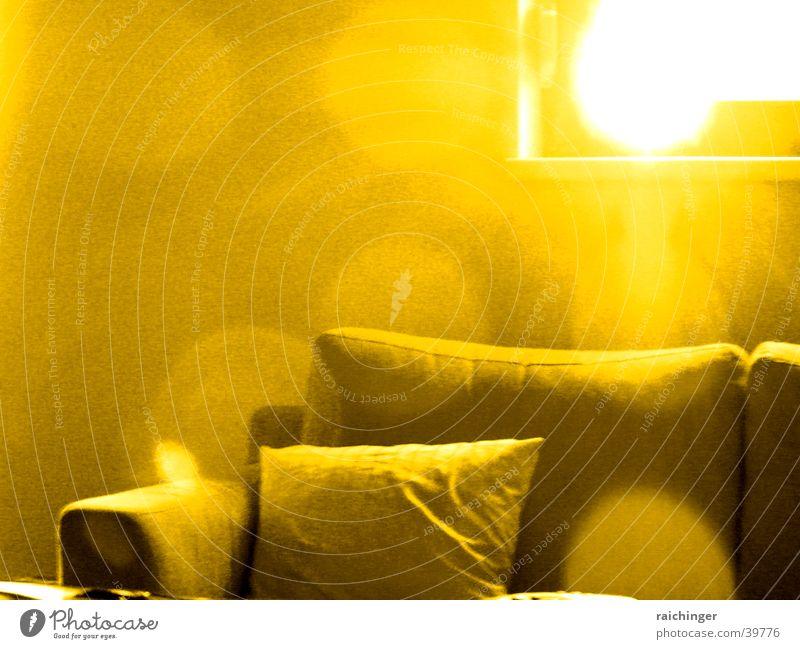 sofa mood Sonne Fenster Häusliches Leben Sofa gemütlich Polster