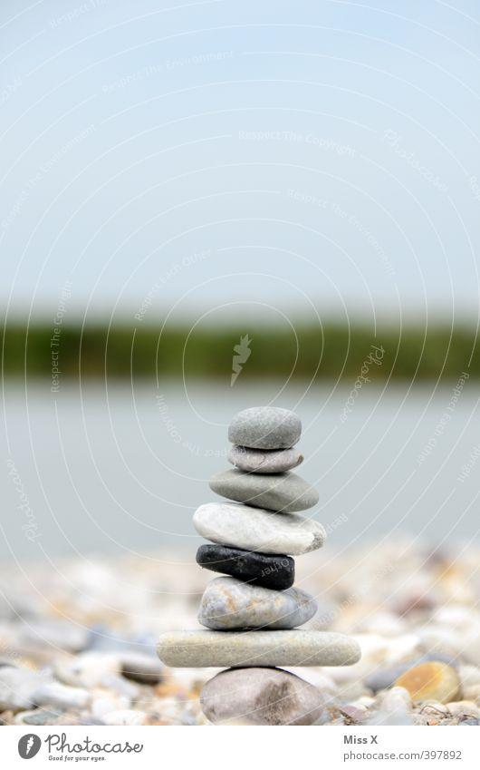 Steinmännle Erholung ruhig See Stimmung Freizeit & Hobby Zufriedenheit Wellness Sommerurlaub Gleichgewicht Meditation harmonisch Stapel geduldig Haufen