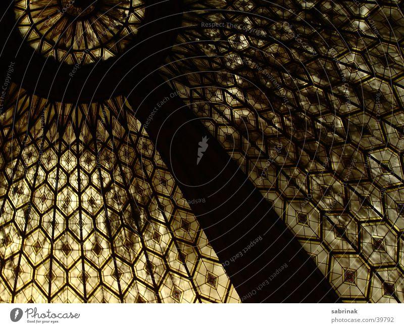 glasdach Kuppeldach Fenster heilig Dach Barcelona Architektur Religion & Glaube Fensterscheibe