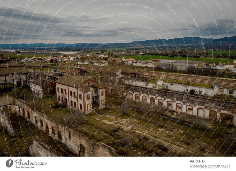 Luftaufnahme der verlassenen ehemaligen Bergbaubetriebe peñarroya-pueblonuevo Spain Industry Lost Places abandoned adventure aerial landscape aerial photography