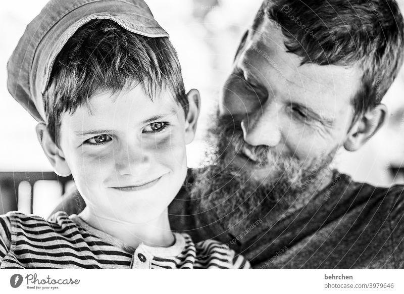 für time... nähe Freude Spielen Eltern frech Bart glücklich Glück Familie besonders Familie & Verwandtschaft Zufriedenheit Lächeln gemeinsam Abenteuer Junge