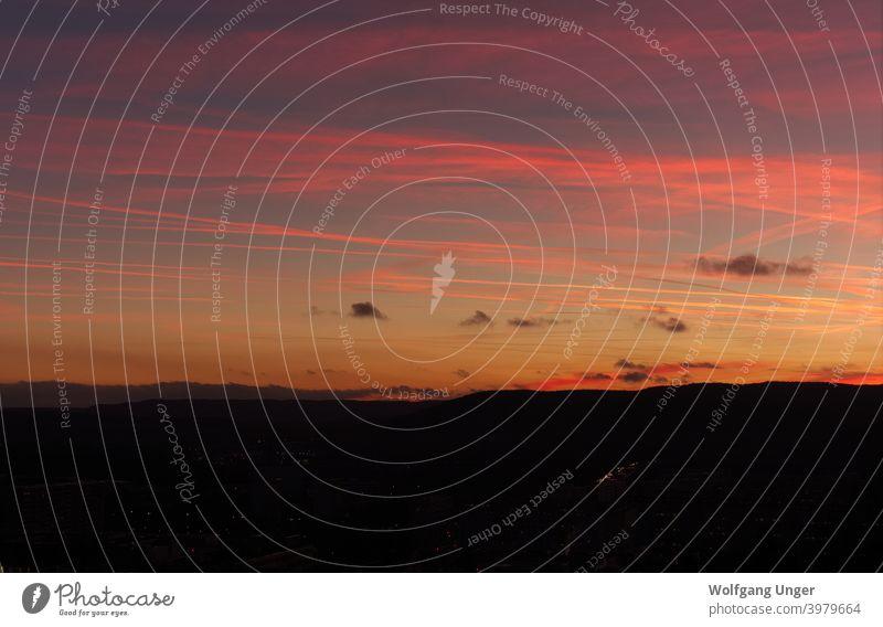 Verträumte Sonnenuntergangsfarben in Thüringen im Winter Landschaft gelb Ansicht Licht Hintergrund schön Sonnenlicht Farbe Cloud im Freien Wolken Schönheit