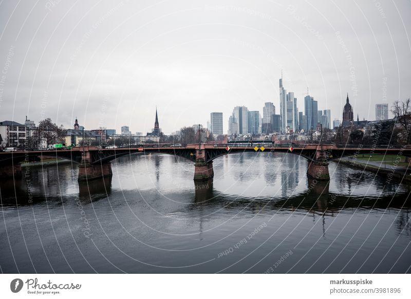 Skyline Frankfurt am Main Stil Architektur Bank Gebäude Großstadt Fassadenverkleidung Design Revier Saum Gesicht Finanzen fließen Vorderseite Glas hoch