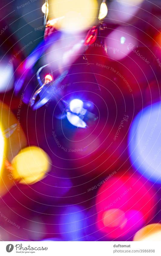 Bunter LED Lichtdraht mit geringer Tiefenschärfe für Hintergrundbild Lichterkette Unschärfe Lampe Beleuchtung Nacht leuchten dunkel Farbfoto Kunstlicht Muster